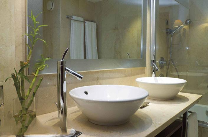10 ý tưởng trang trí phòng tắm với cây xanh tuyệt đẹp